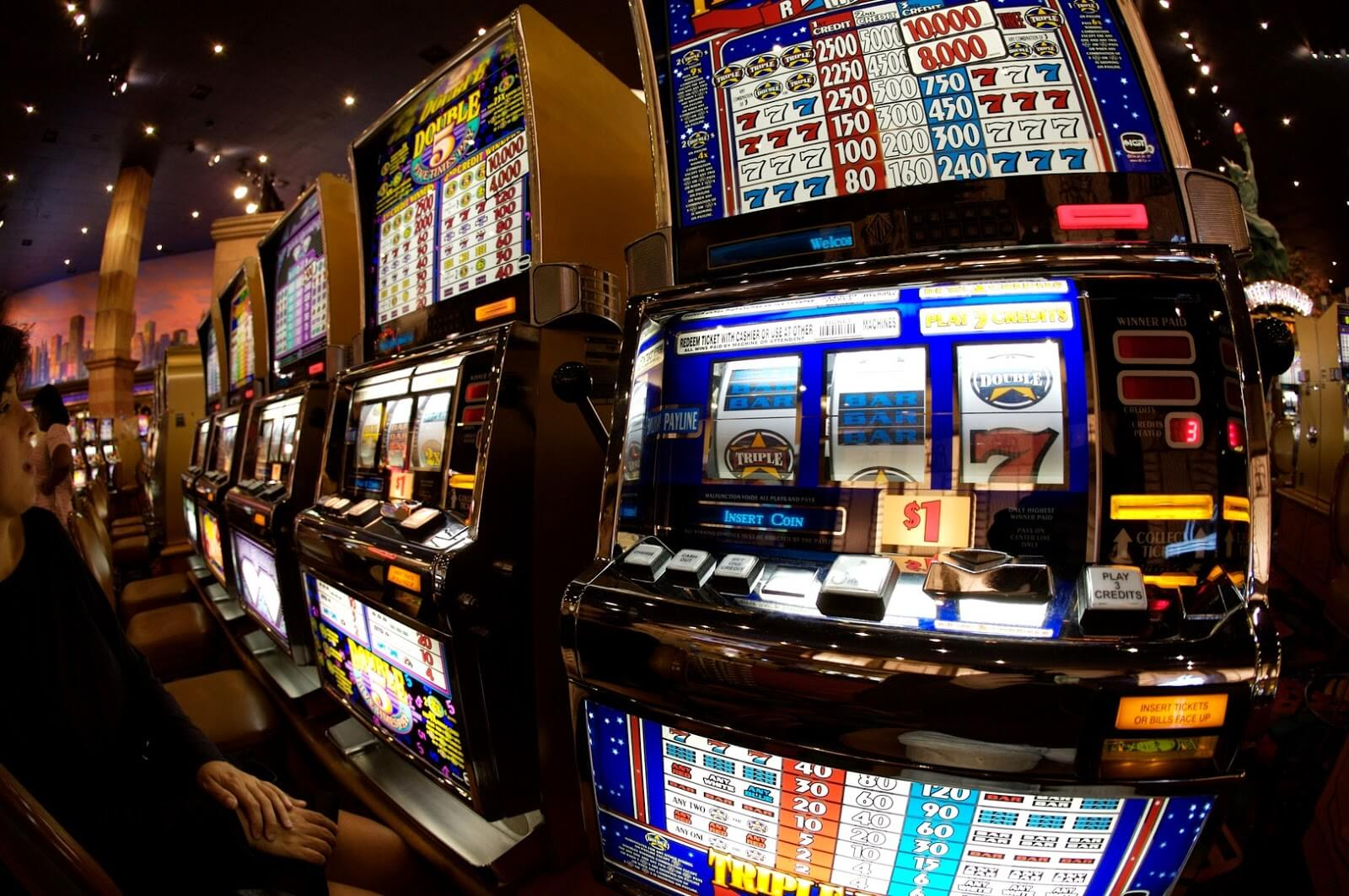 Eight Tips for Playing Online Slot Gambling For Beginners